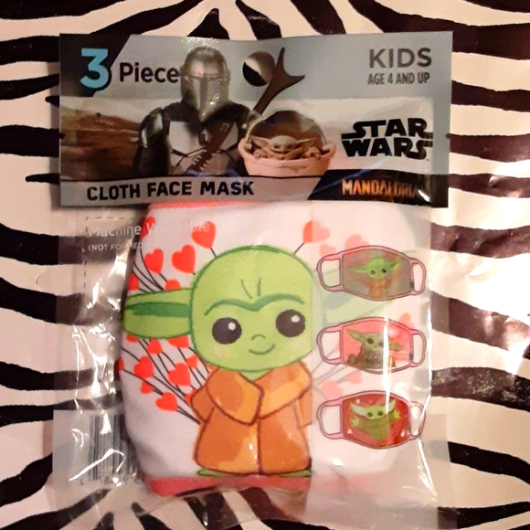 DISNEY'S BABY YODA/GROGU KIDS' FACE MASKS